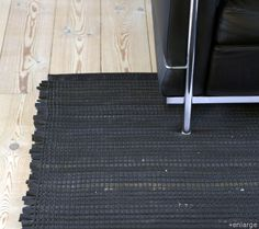Woven rug from old bicycle inner tubes