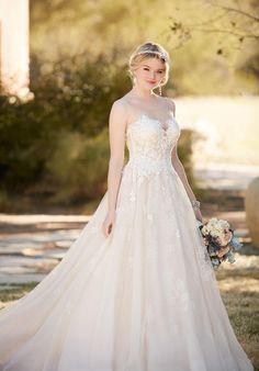 Essense of Australia D2126 Wedding Dress photo