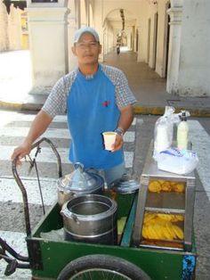 Colombia: Fruit Juice Vendor