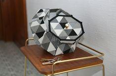 Réalisé avec le Précieux taille M (diamant), habillé de tissus