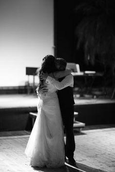 Hochzeitsfotograf Zürich Couples, Couple Photos, Wedding Dresses, Photography, Fashion, Wedding Photography, Couple Shots, Bride Dresses, Moda