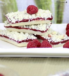The Rawtarian: Raw raspberry bars recipe