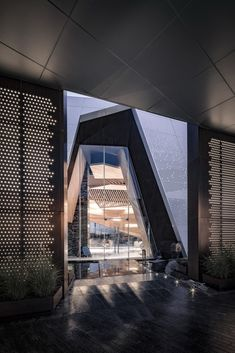 Gallery of Chongqing LongFor • Hall of Waterfront City / Shanghai Tianhua Architecture Planning & Engineering - 4