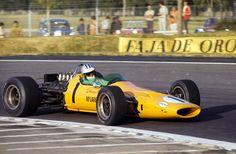 Denny Hulme, McLaren M7A - Ford-Cosworth DFV 3.0 V8 (Mexico 1968)