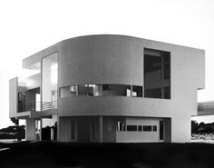 Richard Meier   Saltzman House, 1967-69 East Hampton NY.  Photos by Ezra Stoller