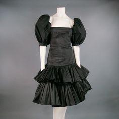 430763740d7 OSCAR DE LA RENTA Size 8 Black Silk Cocktail Dress