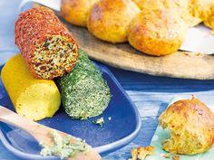 Rote Kräuterbutter Italiano und grüne Senf-Dill-Butter #Rezept #Grillen
