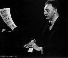 Arthur Rubinstein (1887-1982) Polish pianist who settled in the US; a great interpreter of the music of Chopin.