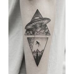Witness extraterrestrial life forms from outer space with the best alien tattoo designs for men. Explore cool ink ideas from beyond this world. Alien Tattoo, Smal Tattoo, Fake Tattoo, Tattoo Man, Temporary Tattoo, Symbol Tattoos, Body Art Tattoos, Arabic Tattoos, Wrist Tattoos