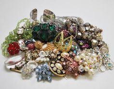 Gorgeous Grandmothers Estate Vintage Bling Jewelry Collection