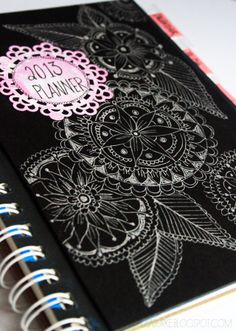 i love this tutorial on how to make your own daily planner...if only i had some time to do this!!!