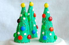 Create pint-sized Christmas trees that are perfect for little hands. Turn sugar ice cream cones upside down, cover with green frosting and have your little elves decorate with candies and sprinkles to create an edible craft that is just as fun to eat as it is to make.