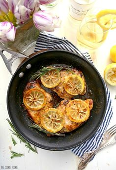 Easy Skillet Lemon Chicken with White Wine, our FAVORITE one pot dinner for any occasion! SO delicious and made in under 30 minutes!