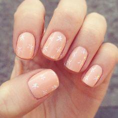 manicura-uñas-cortas-flores