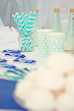 #wedding #decorations #candybar #blue #white #elegant #style #design #ślub #ślubne #dekoracje #styl #słodkistół #manufakturaslubna