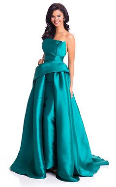 Miss Curacao from 2015 Miss Universe Contestants in Evening Gowns Kanisha Sluis is the essence of a beauty queen in a sea green strapless satin ballgown.
