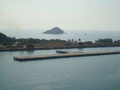 Islote Cardón, frente a Isla de la Piedra // Cardón Islet, across from Stone Island