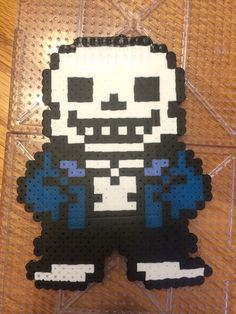 Made a perler beads Sans for my Chara cosplay. Also going to make Papyrus, Toriel, Undyne, and Mettaton, but them on key chain sort of things and put them in the belt loops on my shorts while I cosplay. I think it's a unique idea. ((DO NOT REMOVE CREDIT IF YOU REPIN)) By: Bookworm_gal AKA Amelia