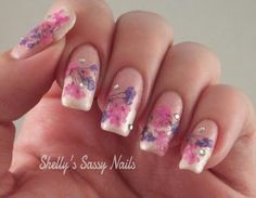 Sassy Shelly: Nail Art with Real Dried Flowers!