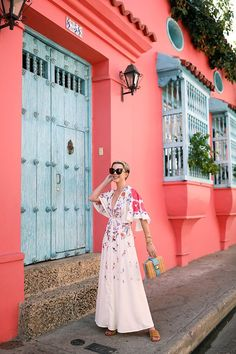 A white flowy floral dress in Cartagena // Atlantic-Pacific Vacation Outfits, Summer Outfits, Flowy Floral Dress, Floral Dresses, Atlantic Pacific, Dot Dress, Swagg, Photography Poses, Street Style