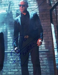 THEO ROSSI SHADES SIGNED 8X10 PHOTO MARVEL LUKE CAGE AUTHENTIC AUTOGRAPH COA NETFLIX