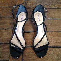 Je viens de mettre en vente cet article  : Sandales à talons André 55,00 € http://www.videdressing.com/sandales-a-talons/andre/p-4523209.html?utm_source=pinterest&utm_medium=pinterest_share&utm_campaign=FR_Femme_Chaussures_Sandales%2C+nu-pieds_4523209_pinterest_share
