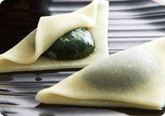 抹茶スイーツ宇治茶 伊藤久右衛門:京都宇治の老舗。挽きたて宇治抹茶を贅沢に使った抹茶スイーツをお取り寄せ
