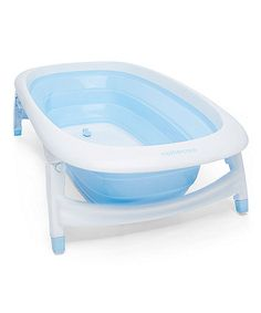 This versatile bath is large and spactious so baby can enjoy bathtime fun, but will handily fold fold making it easy to store - perfect for homes where space is limited.