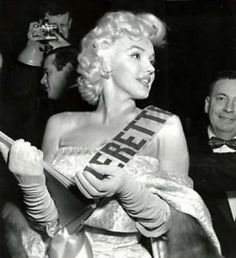 Marilyn At the Premiere of East Of Eden in New York;1955