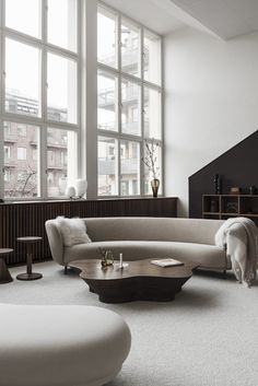 Interior trends 2019 | inspiration and ideas for the new trends of 2019 Living Room Trends 2019, Living Room Designs, Interior Design Living Room, Living Room Modern, Living Room Decor, Living Rooms, Beautiful Houses Interior, Beautiful Homes, Room Art