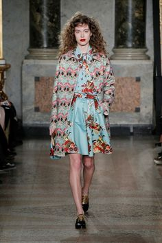 Sfilata Blugirl Milano - Collezioni Autunno Inverno 2015-16 - Vogue