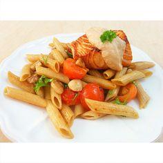 Pasta salteada con salmón Ethnic Recipes, Food, Pasta Sauces, Stir Fry, Recipes, Eten, Meals, Diet