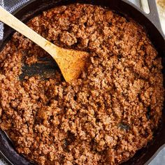 Homemade Sloppy Joes Homemade Ground Beef Taco Meat -a great taco meat recipe that can be made with beef, turkey, or ground chicken. Quick and easy and perfect for tacos, burritos, or nachos! Enchilada Recipes, Meat Recipes, Mexican Food Recipes, Salad Recipes, Cooking Recipes, Healthy Recipes, Online Recipes, Atkins Recipes, Mexican Dishes