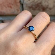 Gold jewelry fashion - Jane Ring 1 Teal Blue Montana Sapphire (One of a kind) – Gold jewelry fashion Cute Rings, Pretty Rings, Rustic Wedding Rings, Moissanite Diamond Rings, Accesorios Casual, Blue Sapphire Rings, Saphire Ring, Ring Verlobung, Ring Designs