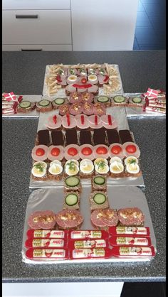 Food Crafts, Diy Food, Happy B Day, Kids Meals, Sweet Tooth, Muffins, Pepperoni, Food Porn, Good Food