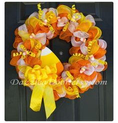 Halloween Candy Corn Deco Mesh Wreath 65 on etsy by dazzled a doorloose the yellow bow and add some burlapEtsy :: Your place to buy and sell all things handmade Deco Mesh Crafts, Wreath Crafts, Diy Wreath, Wreath Ideas, Witch Wreath, Wreath Making, Theme Halloween, Halloween Crafts, Halloween Decorations