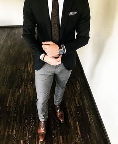 Fashion Mens Classy Gentleman Style Ideas by Mens Fashion Suits, Mens Suits, Blazer Outfits Men, Pants Outfit, Men's Business Outfits, Mode Man, Formal Men Outfit, Mein Style, Men With Street Style