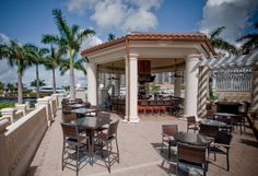 Cape Coral Restaurants | The Nauti Mermaid Dockside Bar & Grill