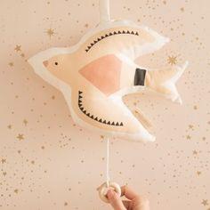 Nobodinoz - Trendmarke in Baby- und Kinderzimmern | littlehipstar Mobile Musical, Baby Kids, Musicals, Birds, Diy, Collection, Baby Hooded Towel, Tour De Lit, Baby List
