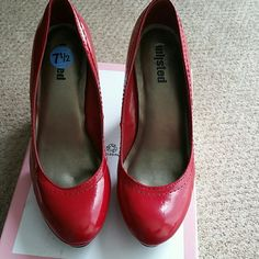 "*PRICE DROP* Patent leather heels Red patent leather 4"" square heel. Never worn size 7.5.  Slight marks on the heel but not noticeable.  Cute for that pinup dress in your closet. I do not have the original box. Unlisted Shoes Heels"