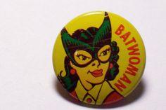 "1966 Vintage Batman ""Batwoman"" Comic Gumball 1"" Tin Litho Pinback Button HTF   eBay"