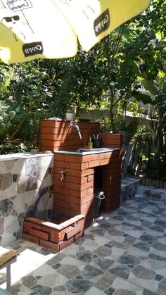 Fenced Vegetable Garden, Vegetable Garden Design, Outdoor Sinks, Outdoor Fire, Small Country Garden Ideas, Garden Sink, Terrace Floor, Brick Garden, Outdoor Lighting