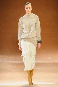 Victoria Beckham, une nouvelle collection moderne et raffinée…