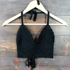 Boho festival crochet crop top - black