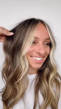 Ombre Blond, Brown Blonde Hair, Light Brown Hair, Light Hair, Light Brunette Hair, Blonde Streaks, Hair Colour For Green Eyes, Girl Hair Colors, Brown Hair For Cool Skin Tones