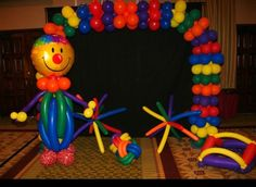 Carnival balloon arch oration