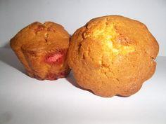 Muffins pralinés // Qu'ils soient roses ou classiques, mettez des pralines dans vos petits muffins pour le dessert du jour ==> http://www.ptitchef.com/recettes/dessert/muffins-pralines-fid-1561529 #muffin #praline #dessert #recette #cuisine #ptitchef #cook #cooking #recipe #food #foodpic