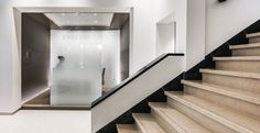 Casper Schwarz Architects project Jones Day Amsterdam, Classic modern interior design