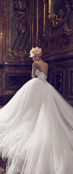 "wedding-dresses-paradise: "" Nurit Hen """