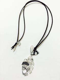 Les Coupines Bijoux illustrés de créatrice Made un France Plexiglas imprimé   French creator jewellery   Retrouvez nous sur Facebook :  les Coupines Sur Instagram : @lescoupinesofficiel Sur Twitter : Les_coupines
